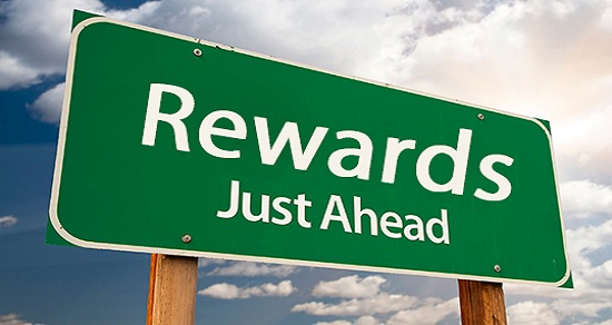 CHOOSE THE RIGHT REWARDS AND INCENTIVES